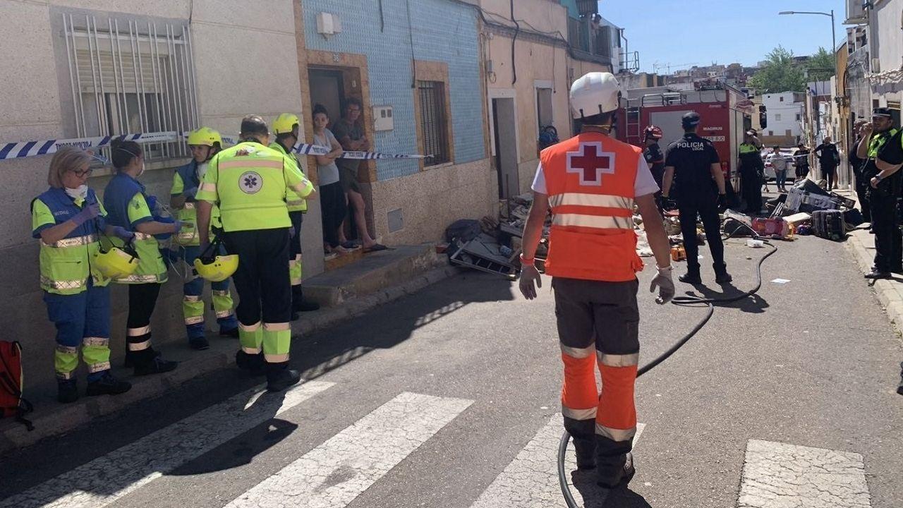 La Guardia Civil avanza las primeras impresiones sobre el accidente de Redondela.El presidente de la Xunta, Alberto Núñez Feijoo, con el secretario general del PSdeG, Gonzalo Caballero