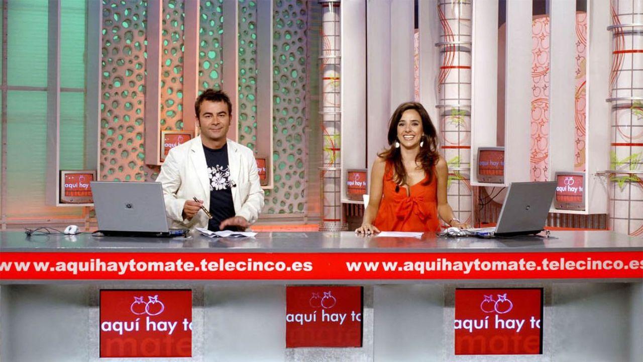¿Serás capaz de reconocer los rostros de estos presentadores de Telecinco?.De izquierda a derecha: Manuel Martos, Jose Perez- Orive, Roberto Leal, Noemi Galera y Mónica Naranjo