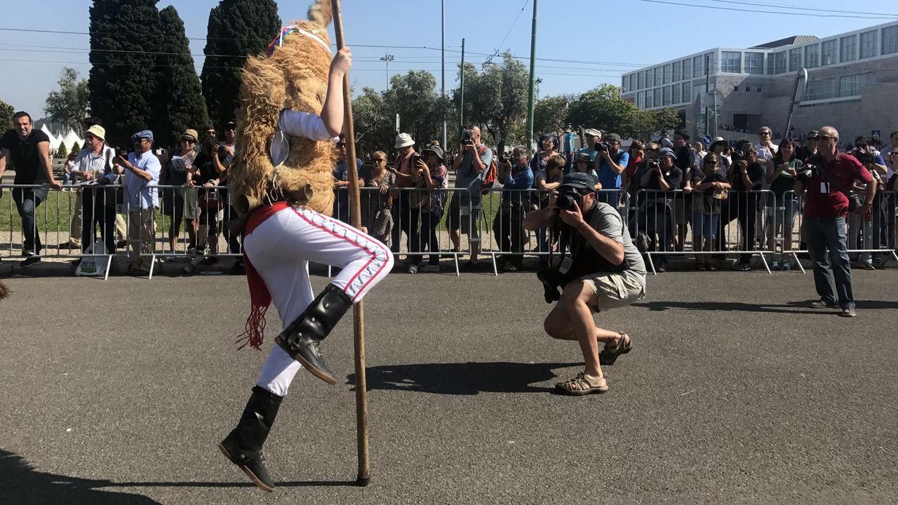 Los sidros echen la comedia en Lisboa