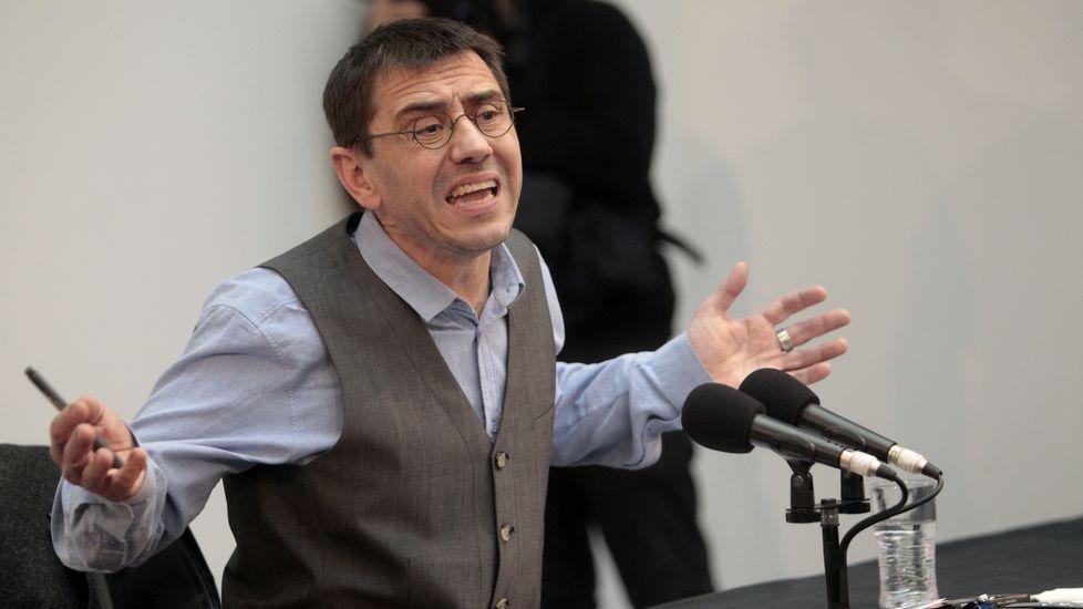 La rueda de prensa de Juan Carlos Monedero, en imágenes