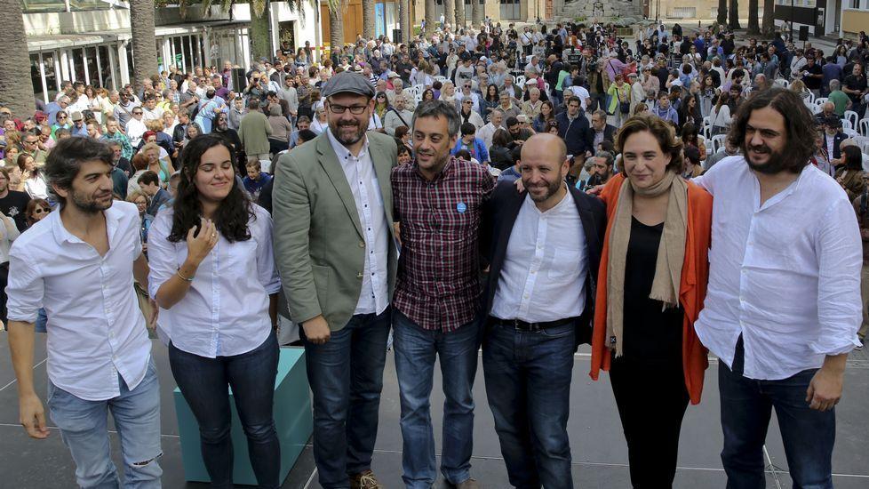 Villares se marcó un concierto de gaita tras su intervención en Lugo.