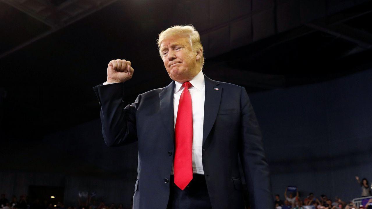 Kavanaugh toma posesión como juez del Supremo y Trump se disculpa «en nombre de EE.UU.».Donald Trump