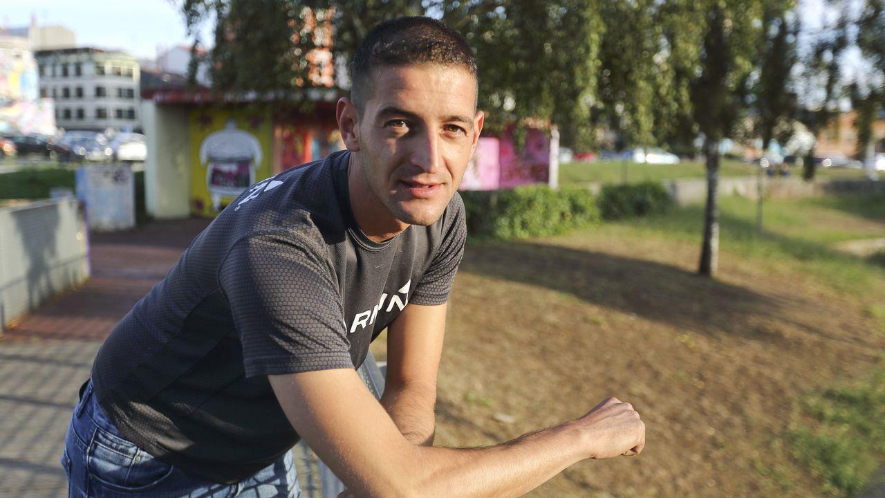 ¡Búscate en la carrera pedestre de Fisterra!.Roberto Vidal, de Corme, será el patrón mayor más joven de la comarca