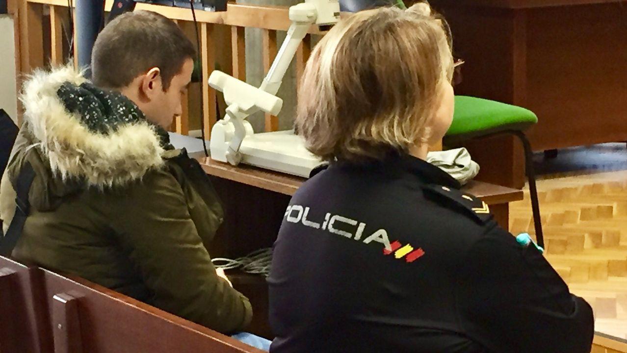 Diez meses de prisión para un hombre que acuchilló y trató de asfixiar a su mujer