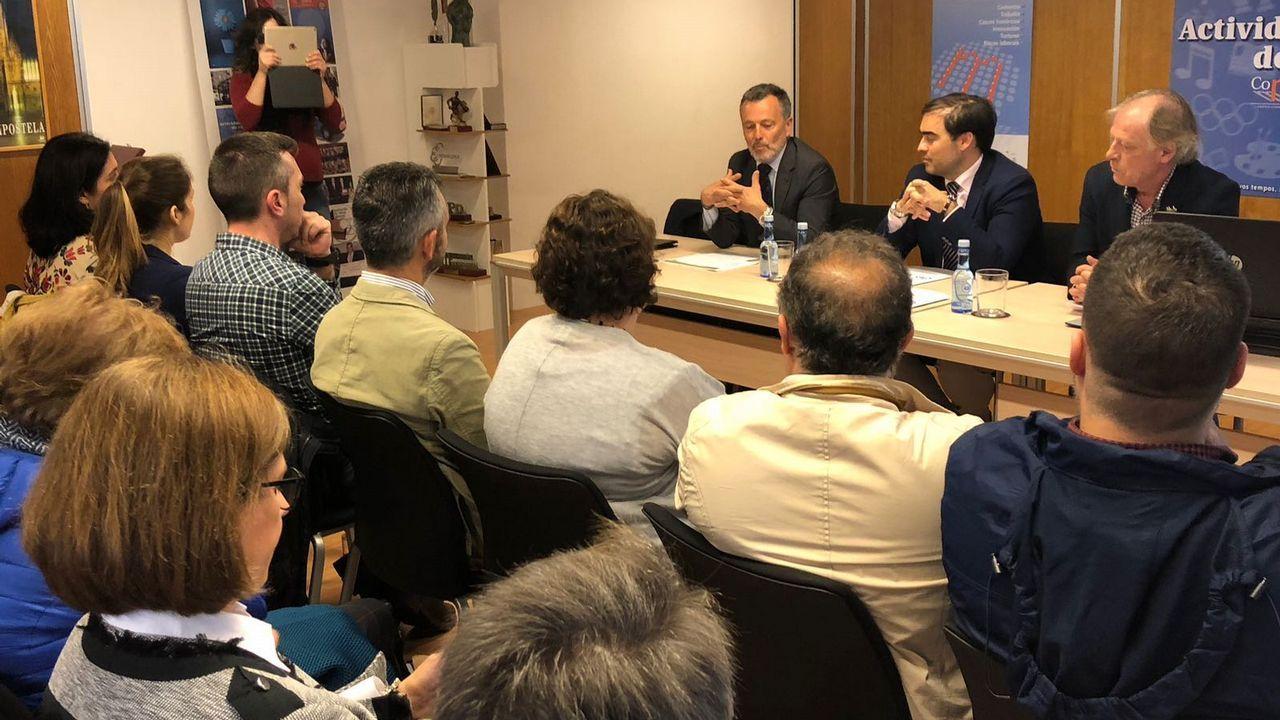 Ismael López Silva: «Cuando empezamos, había 25 sastrerías en Santiago. Ahora estoy solo»