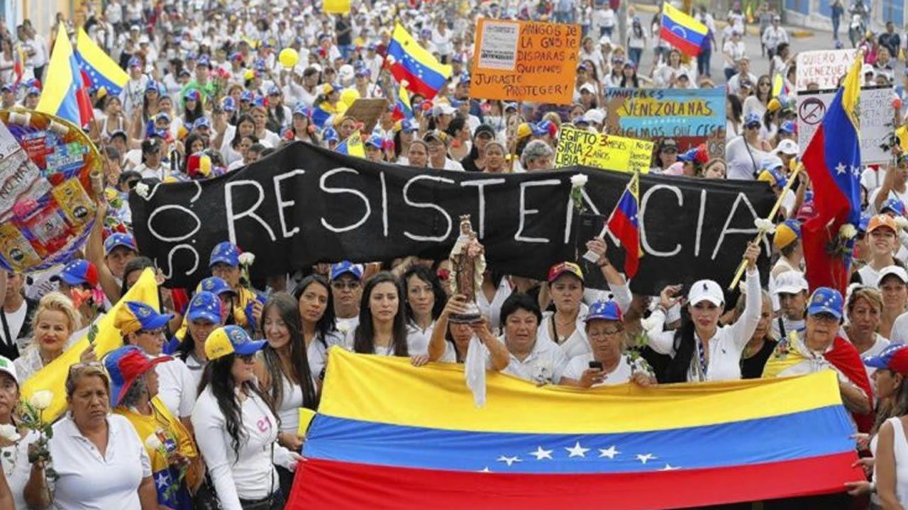 Diosdado Cabello y Nicolás Maduro, durante el acto de cierre de campaña para la elección de la Asamblea Constituyente