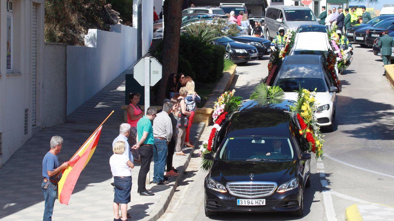 Elche - Deportivo, las mejores imágenes.El agente Fermín Cabezas perdió la vida durante la persecución de los narcotraficantes y fue enterrado en Los Barros (Cádiz)
