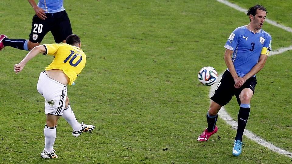 El golazo de James a Uruguay, en fotos.Nikoulou, en el Camerún-Croacia