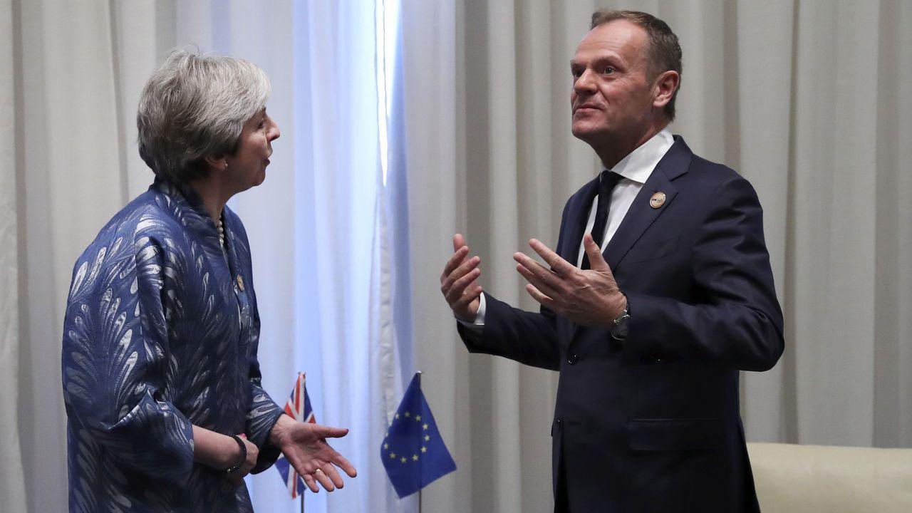 Oficina de empleo.La primera ministra británica, con el presidente del Consejo Europeo