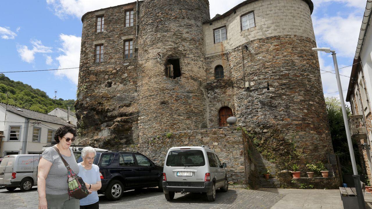 Ellas vivieron en el castillo de Navia.