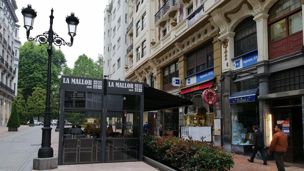 Centro penitenciario de Villabona.Confitería «La Mallor» en Oviedo