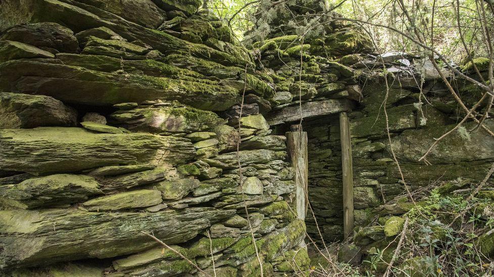 Restos de uno de los sequeiros que existieron en la localidad