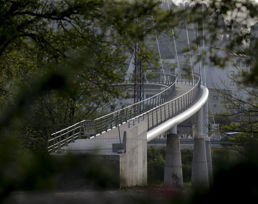 Las caras de la lista «renovada» de Feijoo.La pasarela peatonal de Sabón tendrá un parque a cada lado.