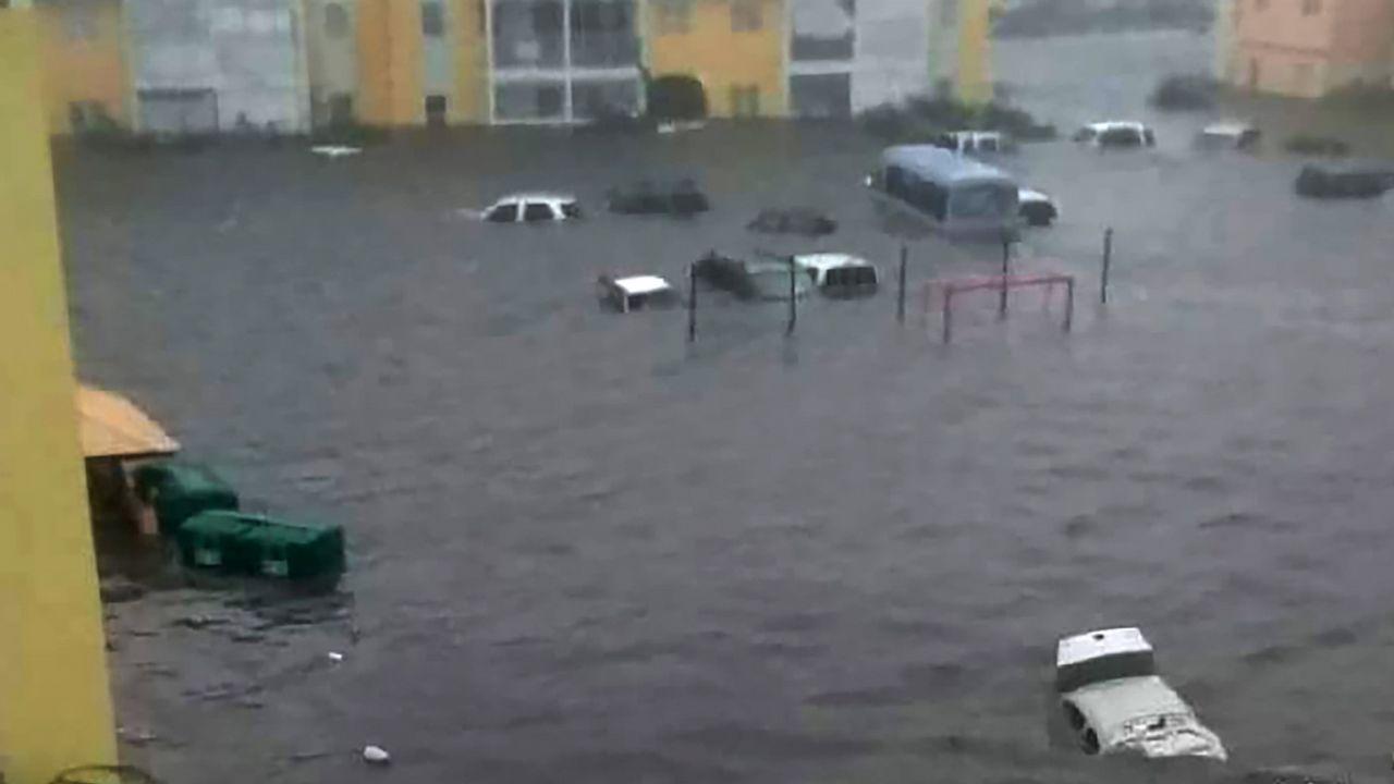 Inundaciones severas en la isla de San Martín.
