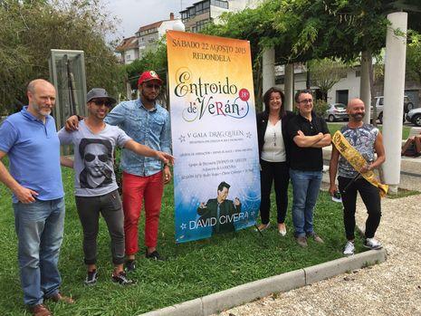 ....Organizadores y algunos artistas del festival de Redondela