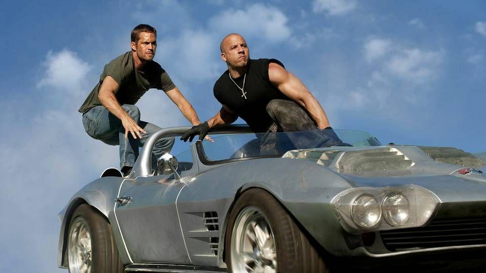 Así es «Fast and Furious 7», la película póstuma de Paul Walker.Paul Walker y Vin Diesel en una escena de «Fast and Furius 5»