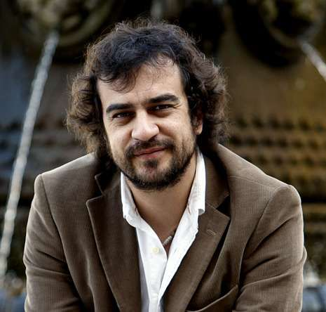 Cómo hubiese contado Instagram los grandes hitos de la historia.Pedro Feijoo presentará o libro en Vigo o vindeiro martes.