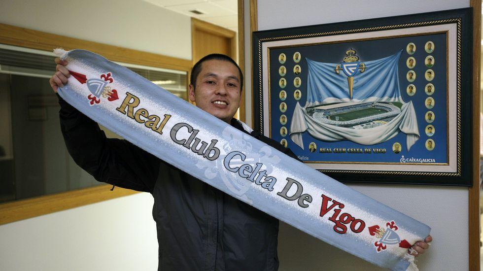 Hidetoshi Mori, en la redacción de La Voz en Vigo