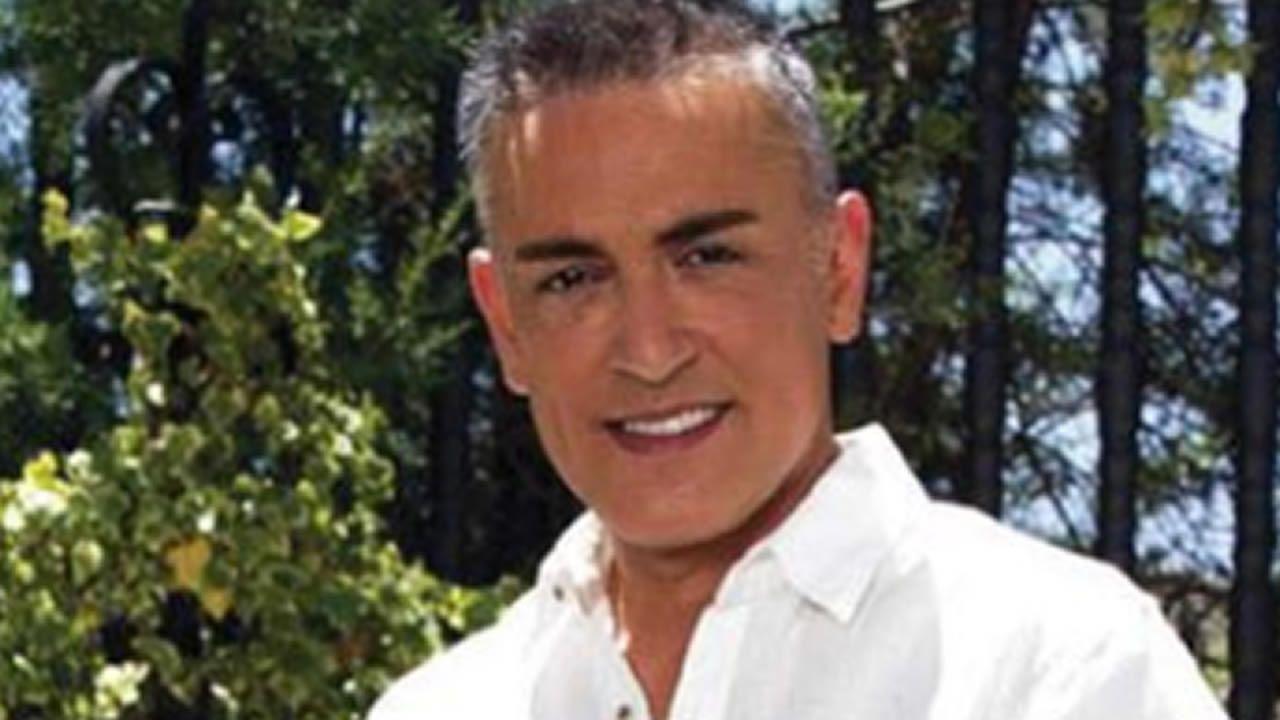 José Coronado y otros actores graban hoy y capítulo de una serie en la planta tercera del hospital Meixoeiro