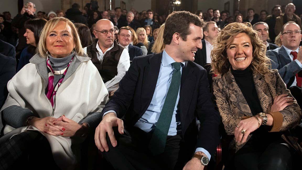 Mercedes Fernández, Pablo Casado y Teresa Mallada