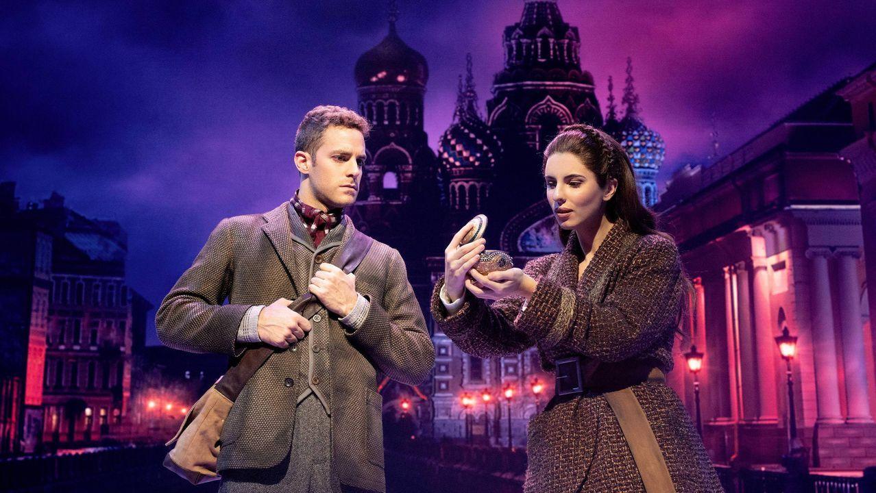 Íñigo Etayo y Jana Gómez interpretan a Dimitri y Anastasia en el musical que se representa en Madrid