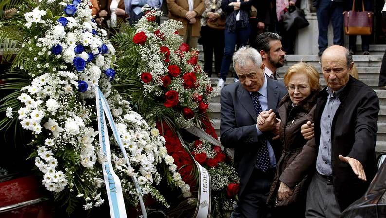 Los padres de Yago Lamela, tras el funeral