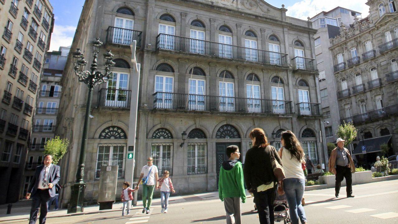Vigo se echa a la calle para recibir a los Reyes Magos