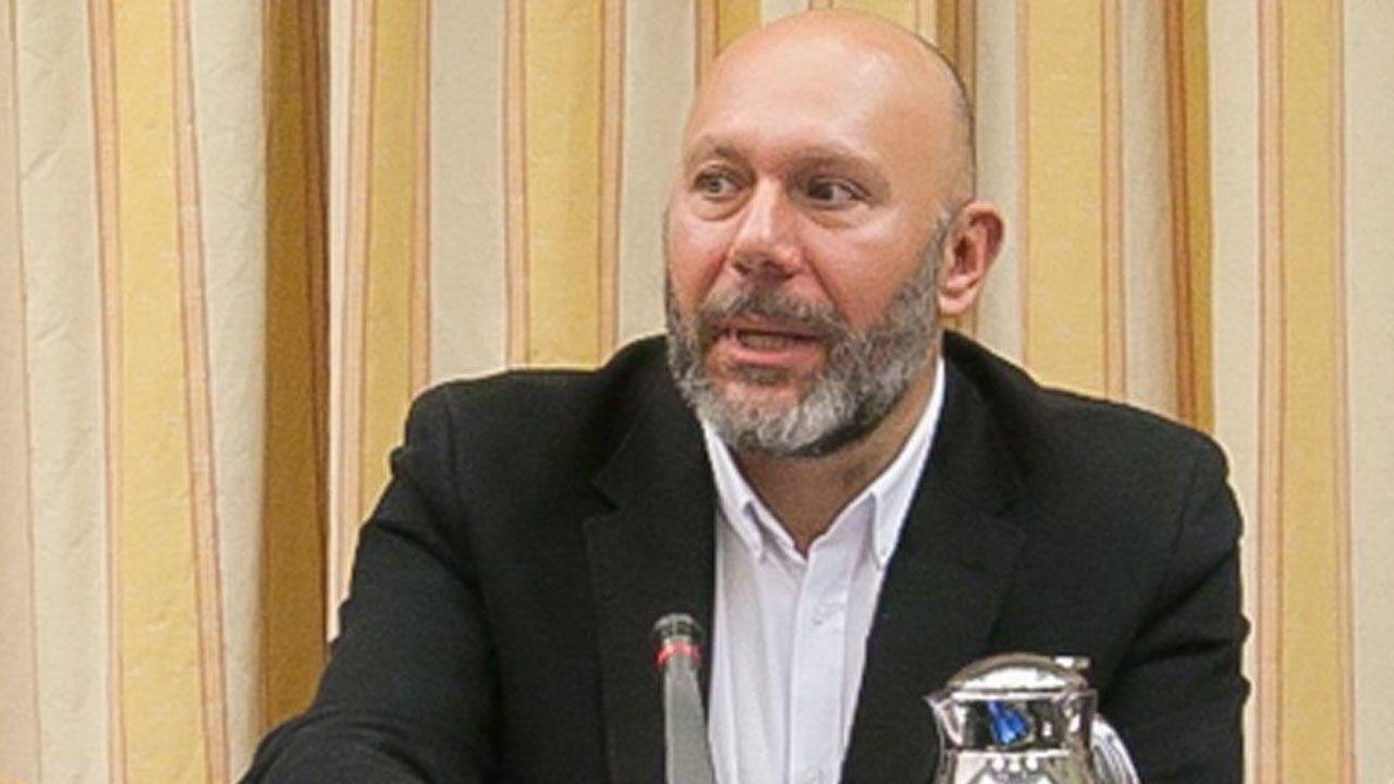 Ricardo Sixto, diputado en el Congreso, que encabeza una corrient crítica de IU