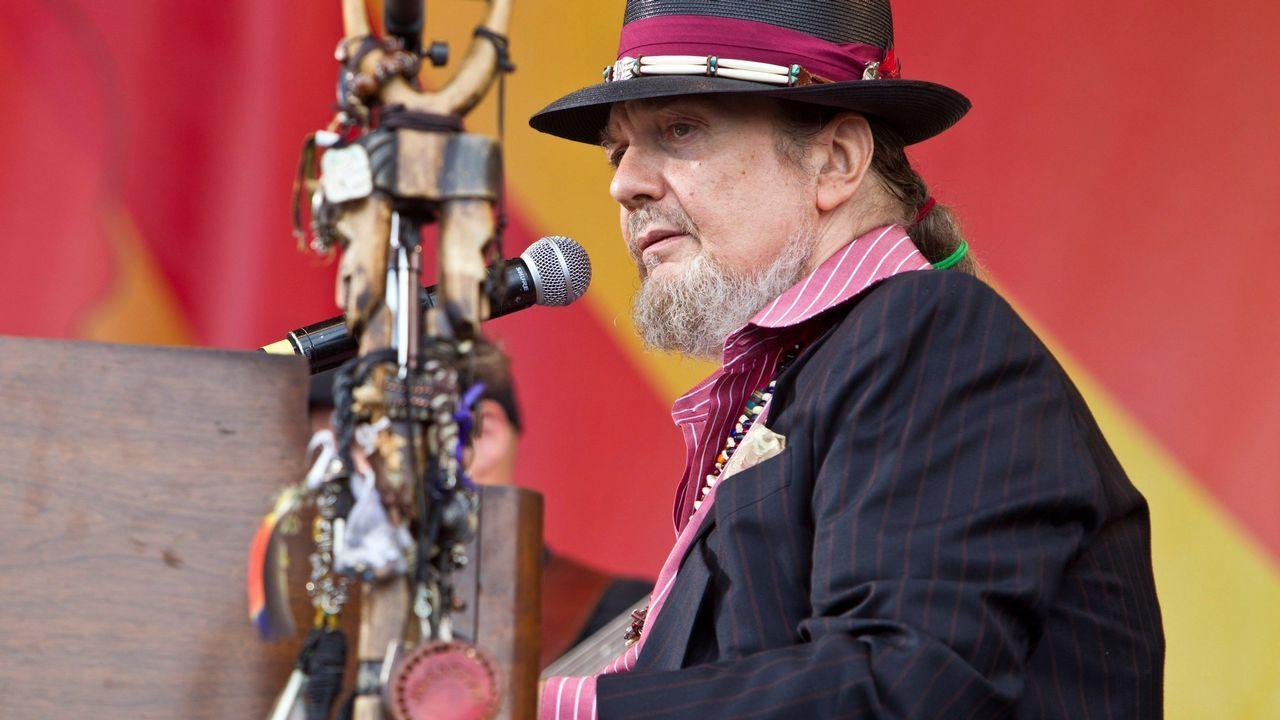 Dr. John, fotografiado al piano en el New Orleans Jazz and Heritage Festival el 28 de abril del 2012