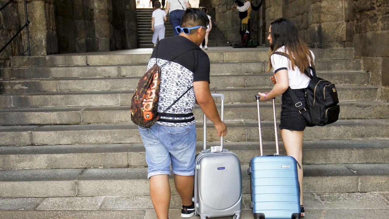 Primer día que se necesitan pases para visitar la playa de As Catedrais