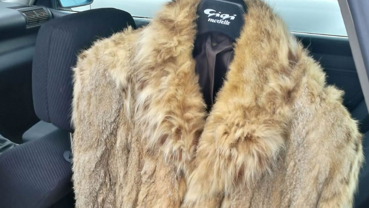 .El vendedor pedía 3.000 euros por el abrigo