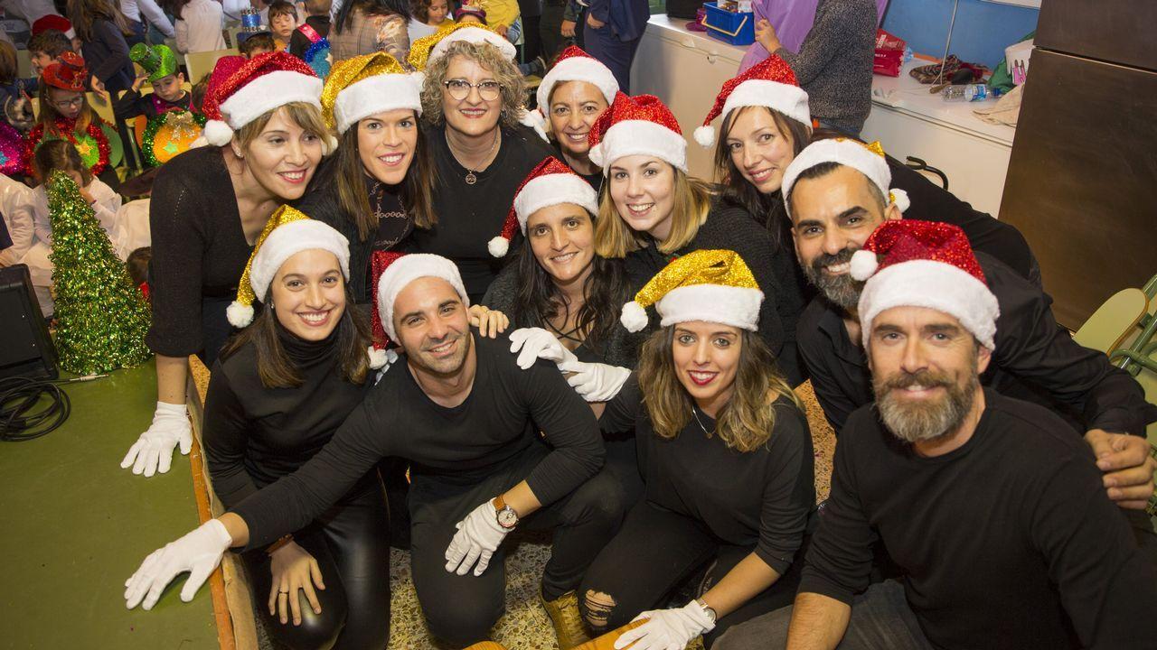 ¡Mira cómo fue el festival de Navidad del colegio Xosé Pichel!