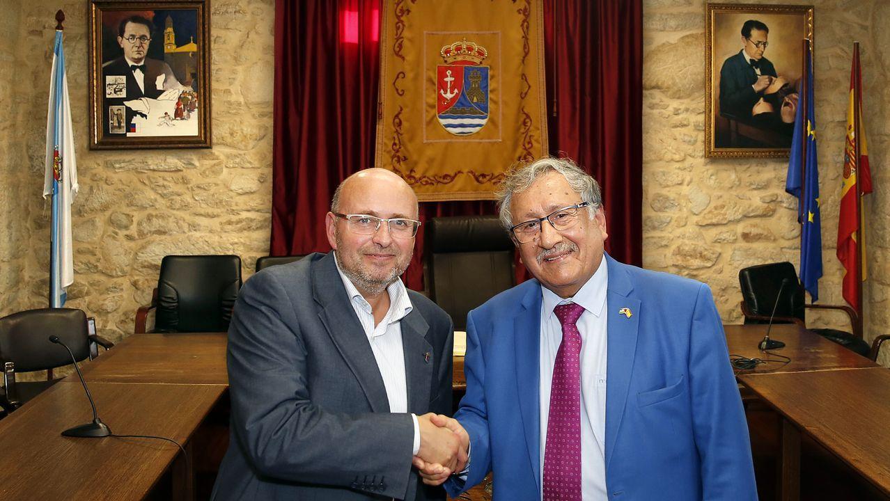Recepción ao embaixador de Palestina Musa Amer Odeh en el concello de Rianxo