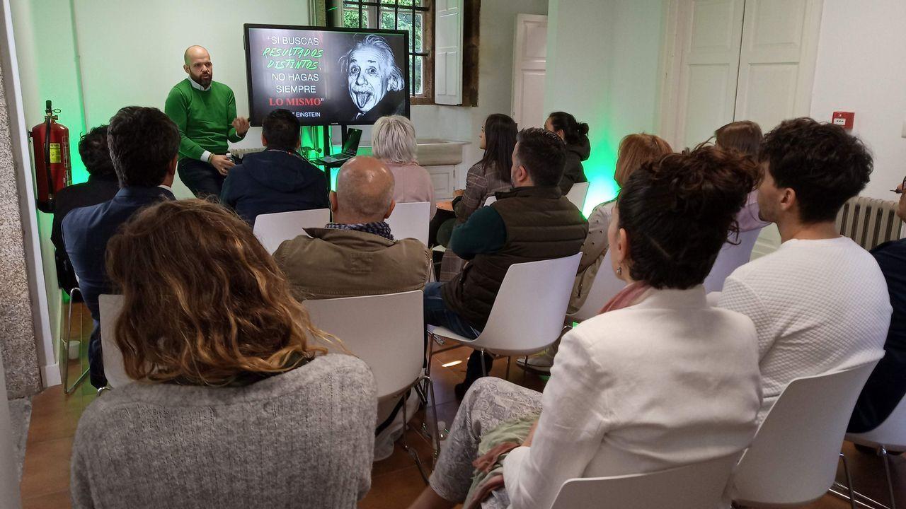 Imagen de archivo de un pleno en el ayuntamiento de Ourense
