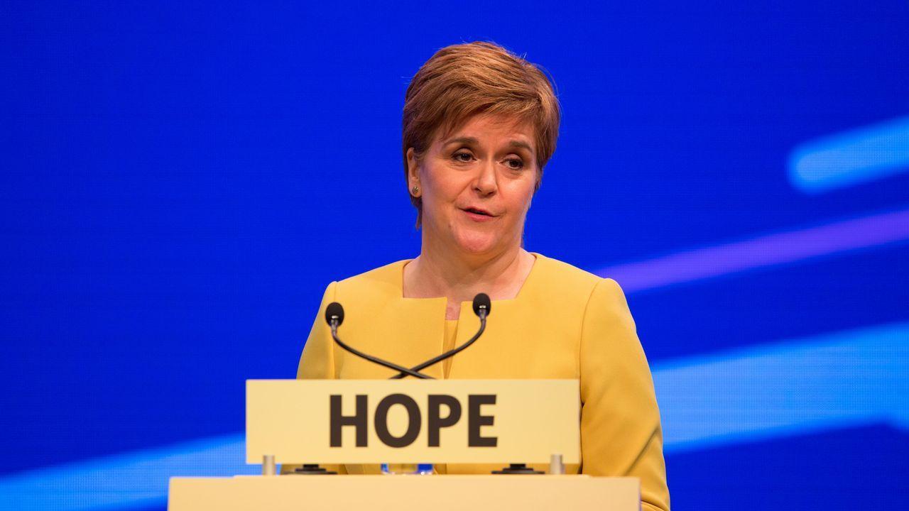 Nicola Sturgeon afirmó que el Gobierno británico «no podrá obstaculizar» la convocatoria de un segundo referendo al cerrar el congreso del SNP