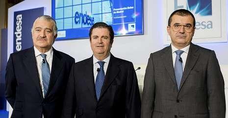 .De izquierda a derecha, Bogas, consejero delegado; Borja Prado, presidente; y Bondi, director financiero.