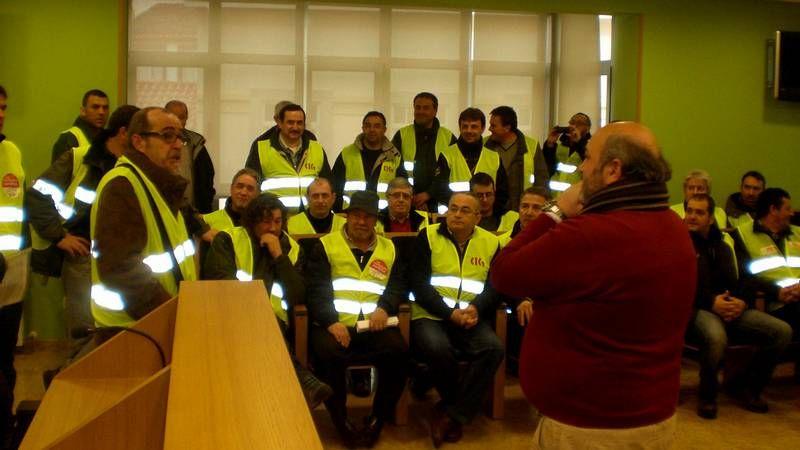 Emotivo agradecimiento del alcalde A Capela a los operarios y voluntarios de las fragas do Eume