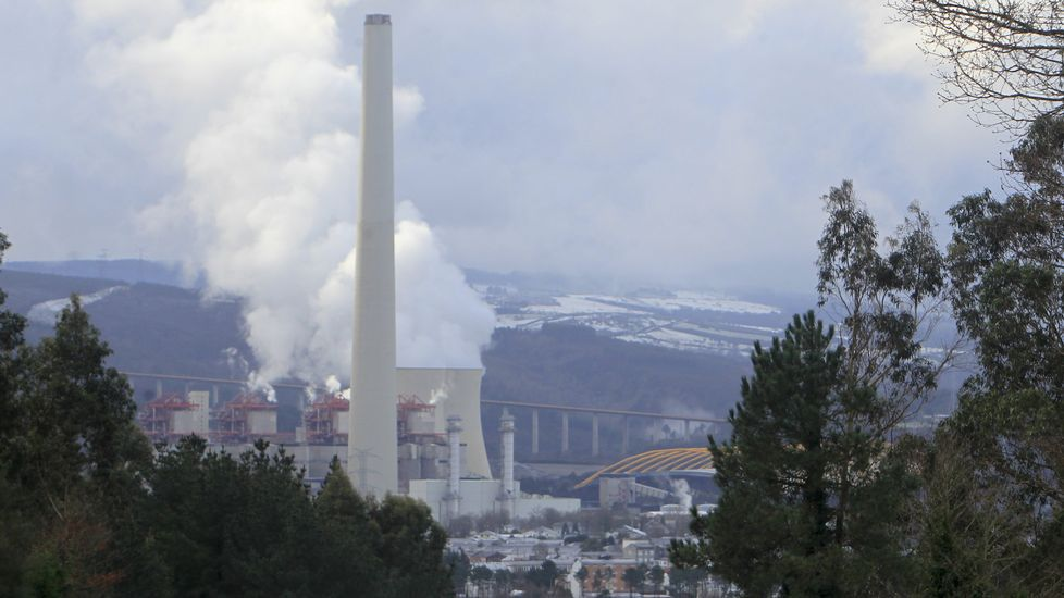 La térmica de Endesa en As Pontes opera estos días con cuatro de sus grupos funcionando