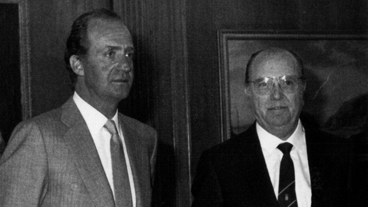 .Fernández Albor junto al rey Juan Carlos