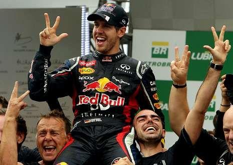 María de Villota en el congreso «Lo que de verdad importa».Vettel conquistó su tercer campeonato seguido. <span lang= es-es >afp</span>