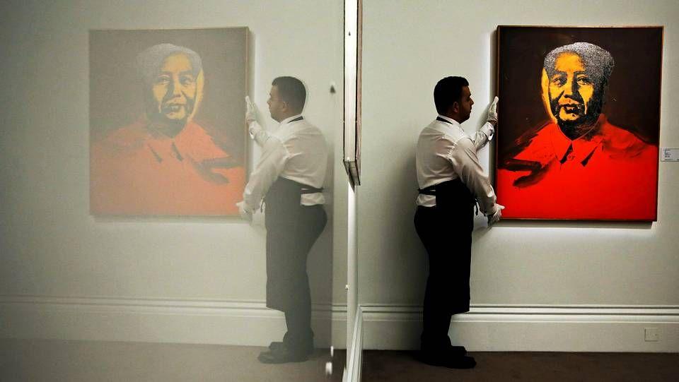 «Mao» (1973), de Andy Warho en la sede de la casa de subastas Sotheby's en Londres el pasado mes de enero