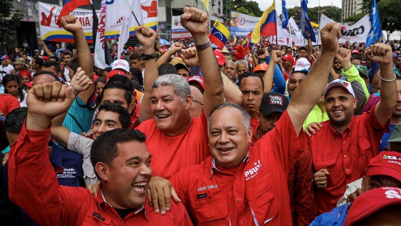 Beiras exhorta a la ciudadanía a rebelarse «contra un estado de excepción non declarado».Francisco García, alcalde de Allariz