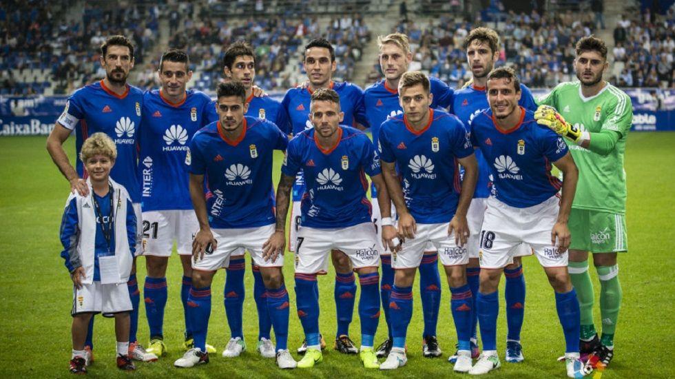Alineación del Oviedo ante el Zaragoza