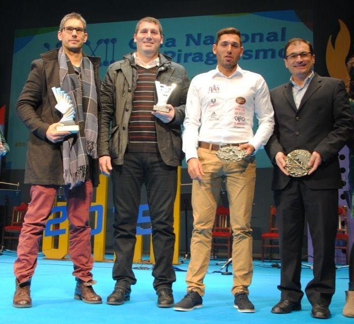 Foto de los gallegos galardonados en la gala de Avilés.