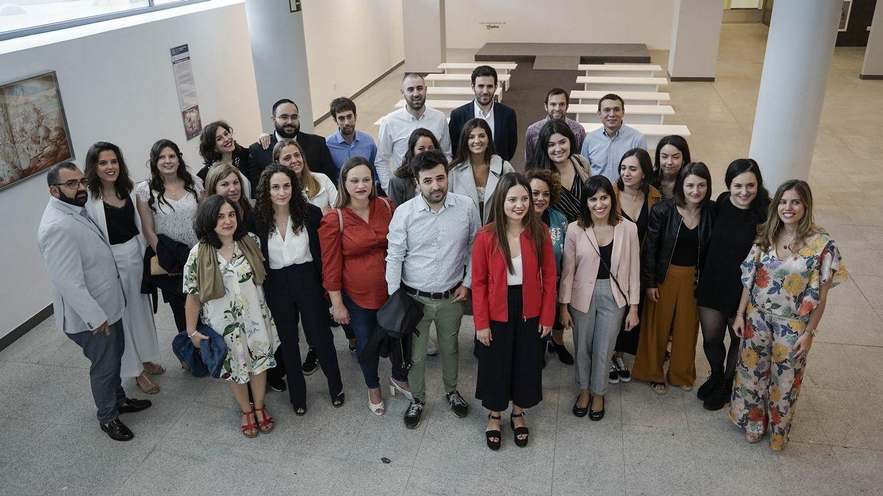 Alumnos de Riós, A Veiga y A Gudiña graban un disco solidario
