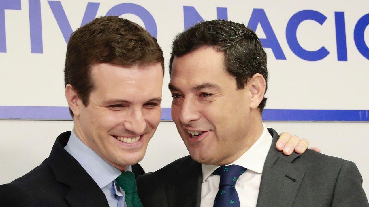 Susana Díaz no se plantea dimitir.Pablo Casado y Juanma Moreno
