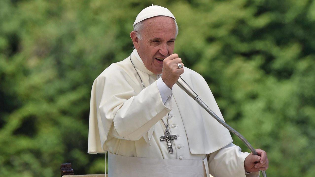 La costurera de dos papas de Roma es de A Lama.Escuela de Ratisbona