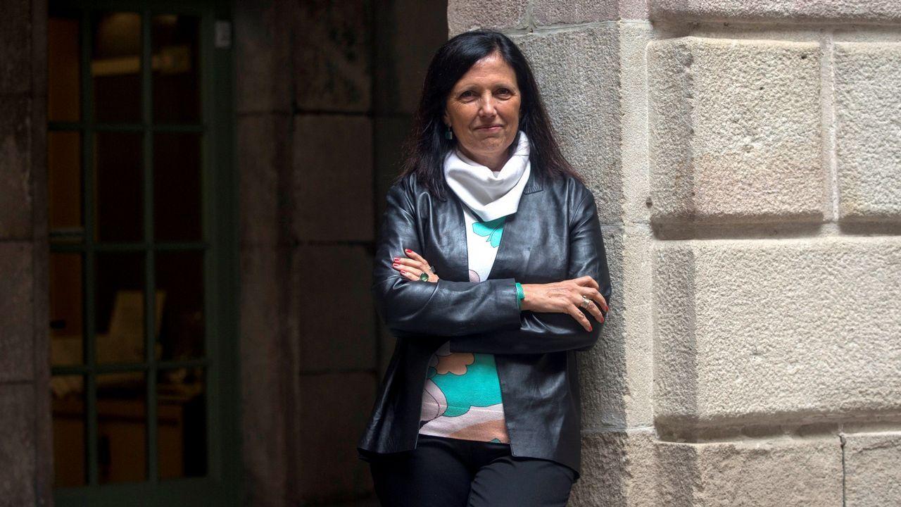 «Non a mataron e a comeron aquí no sitio por cinco minutos».Piñeiro recibió el premio Carvalho en el marco del festival BCNegra