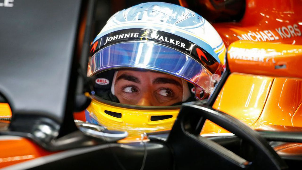 .Japanese Grand Prix 2017 - Suzuka Circuit, Japan - October 6, 2017. McLaren's Fernando Alonso during practice. REUTERS/Toru Hanai