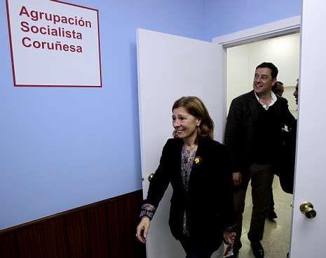Las primarias del PSOE serán claves para el futuro de Besteiro; en la foto, con Barcón.
